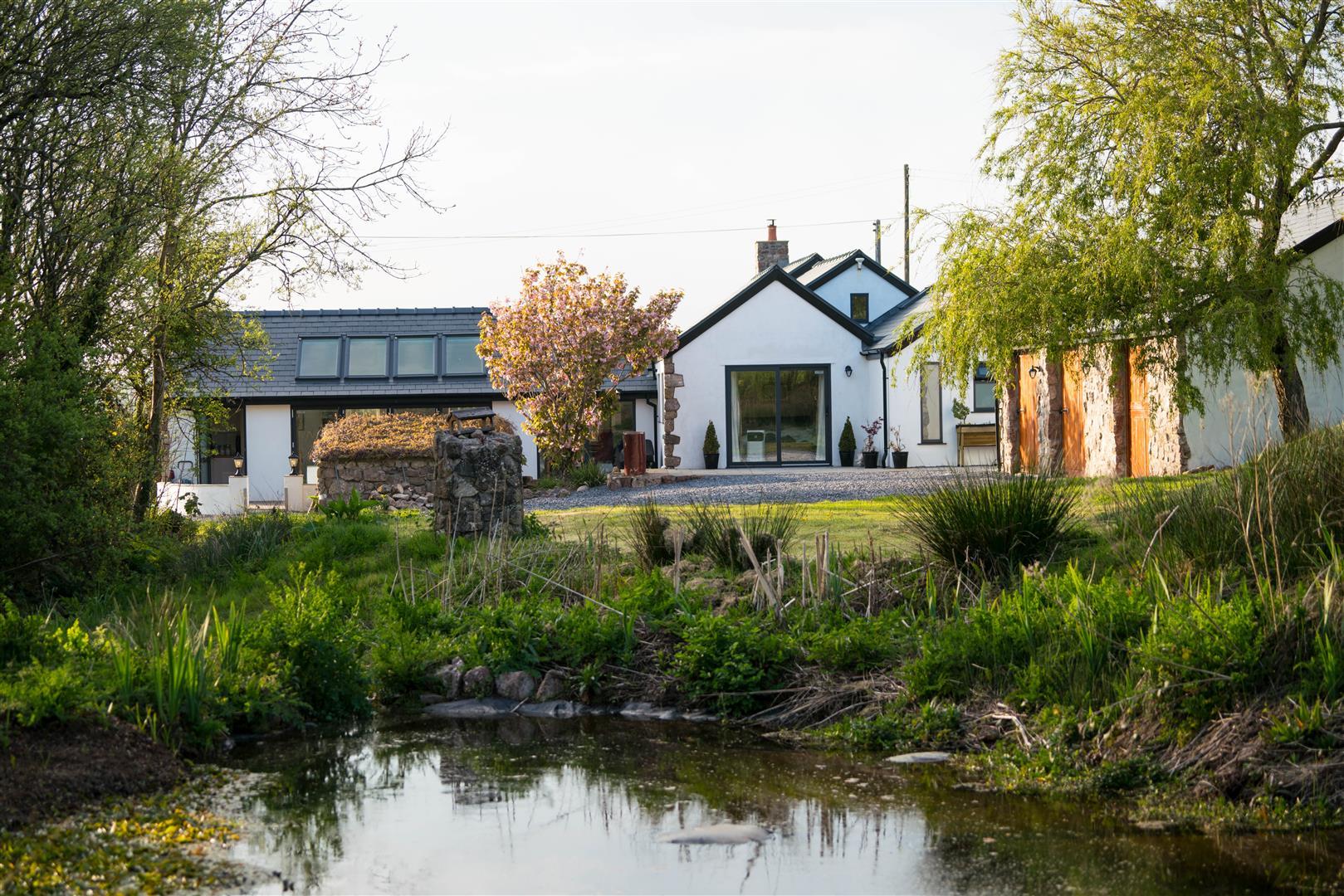 Lower Mill, Moor Lane, Llangennith, SA3 1HU